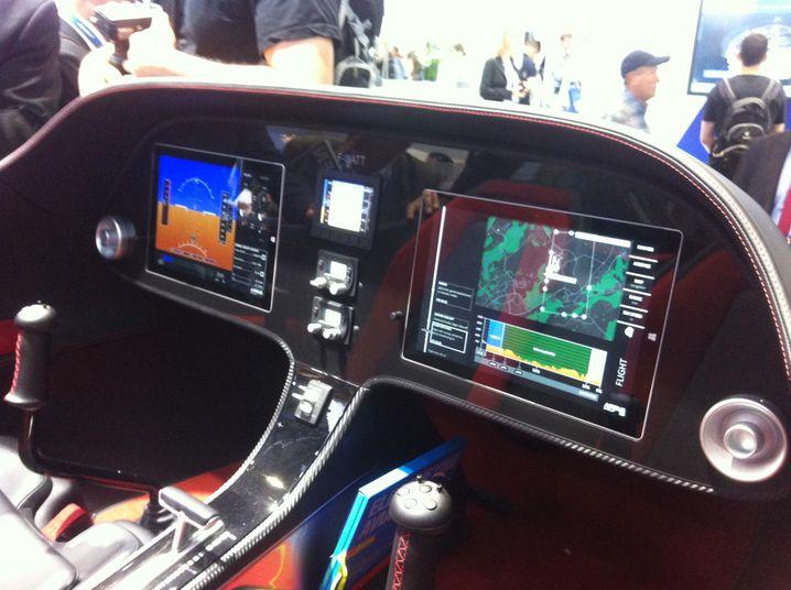 Tablets im Cockpit statt Hunderter Hebel: Die Digitalisierung ändert Flugzeuge außen und innen