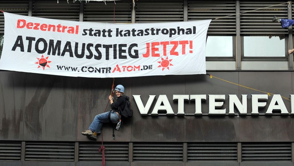 Protest an der Hamburger Vattenfall-Zentrale: Der Versorger leidet unter seinem schlechten Image