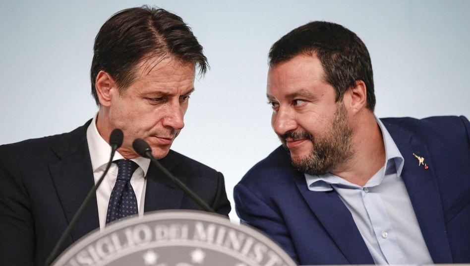 Giuseppe Conte, Matteo Salvini: Was Roms regierende Populisten derzeit aufführen, ist eine tragische Nummer