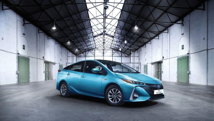 E-Auto-Ankündigungen klassischer Autohersteller: Diese Elektromodell-Massen sollen Tesla Einhalt gebieten
