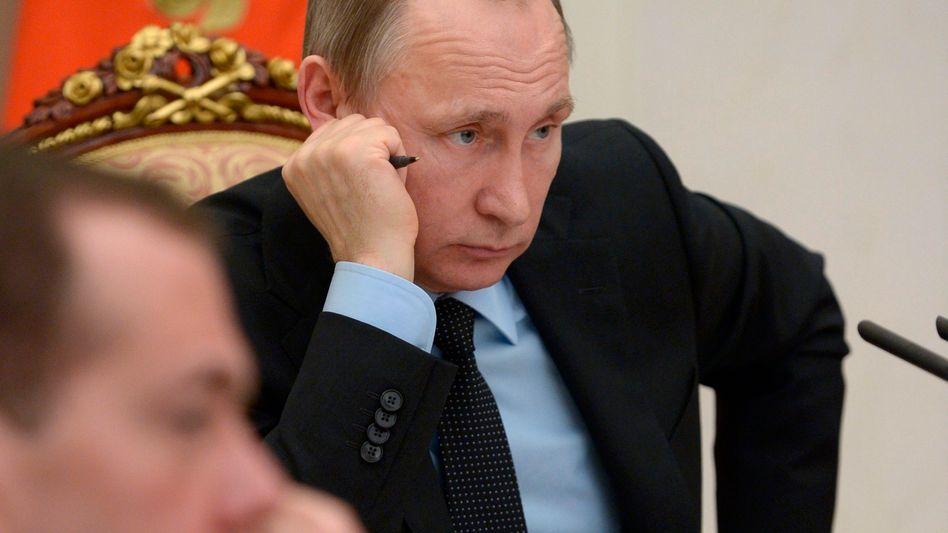 Wladimir Putin: Enge Vertraute von Putin leiteten den Angaben zufolge unter konspirativen Umständen offenbar mehr als zwei Milliarden Dollar durch Briefkastenfirmen und schafften dabei viel Geld aus Russland heraus