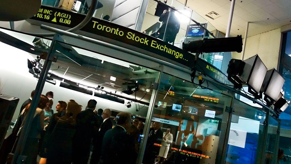 Börse in Toronto: Die Toronto Stock Exchange will sich nicht so einfach von der Londoner Börse LSE übernehmen lassen. Kanadische Banken und Pensionsfonds haben jetzt ein höheres Gebot vorgelegt