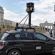 """Google is watching you: Ein Wagen mit Spezialkameras sammelt Daten für den Onlinedienst """"Street View"""""""