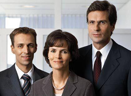 Das Führungsteam: Nicola Leibinger-Kammüller mit ihrem Bruder und Stellvertreter, Peter Leibinger (l.), und Mathias Kammüller, ihrem Ehemann