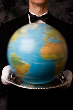 Anfragen aus aller Welt: Diskrete Concierge-Services erledigen für vielreisende Vermögende Alltagskram und erfüllen ausgefallene Wünsche