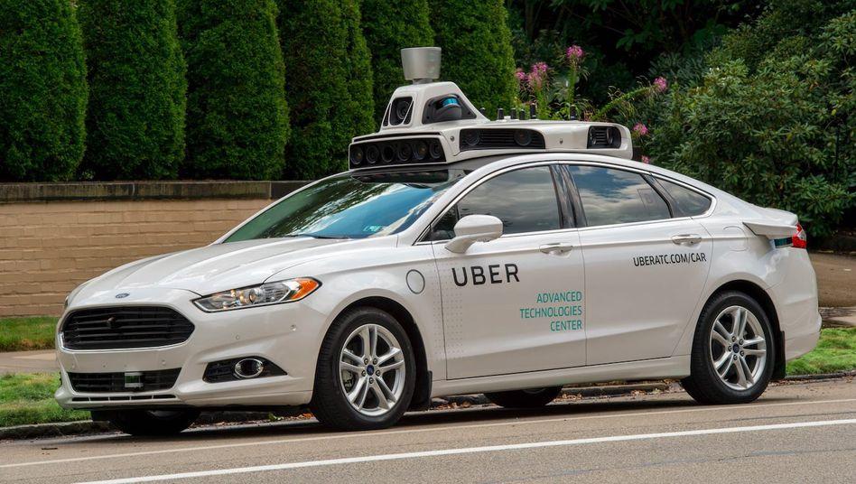 Selbstfahrendes Uber-Fahrzeug in Pittsburgh, Pennsylvania