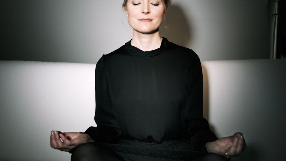 Innenansichten:: Meditierende Manager