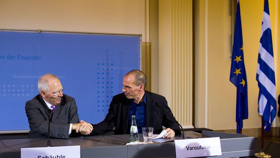 Der Gläubiger und sein Schuldner: Wolfgang Schäuble und Giannis Varoufakis bei ihrem ersten Treffen in Berlin