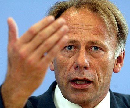 Im Kampf gegen die Spritfresser: Bundesumweltminister Jürgen Trittin