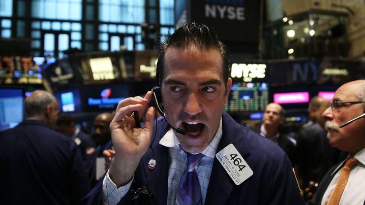 Wohin das Geld fließt: Um diese Investments reißen sich die Anleger - und aus diesen fliehen sie