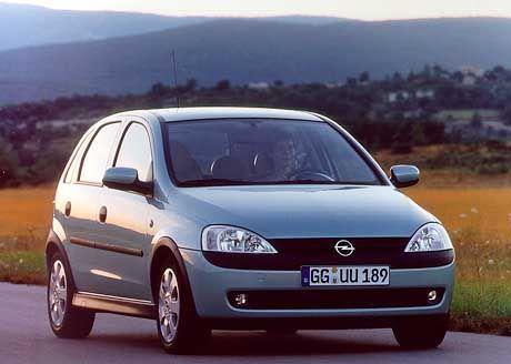 Beim Opel Corsa sollen sich die Sicherheitsgurte lösen.