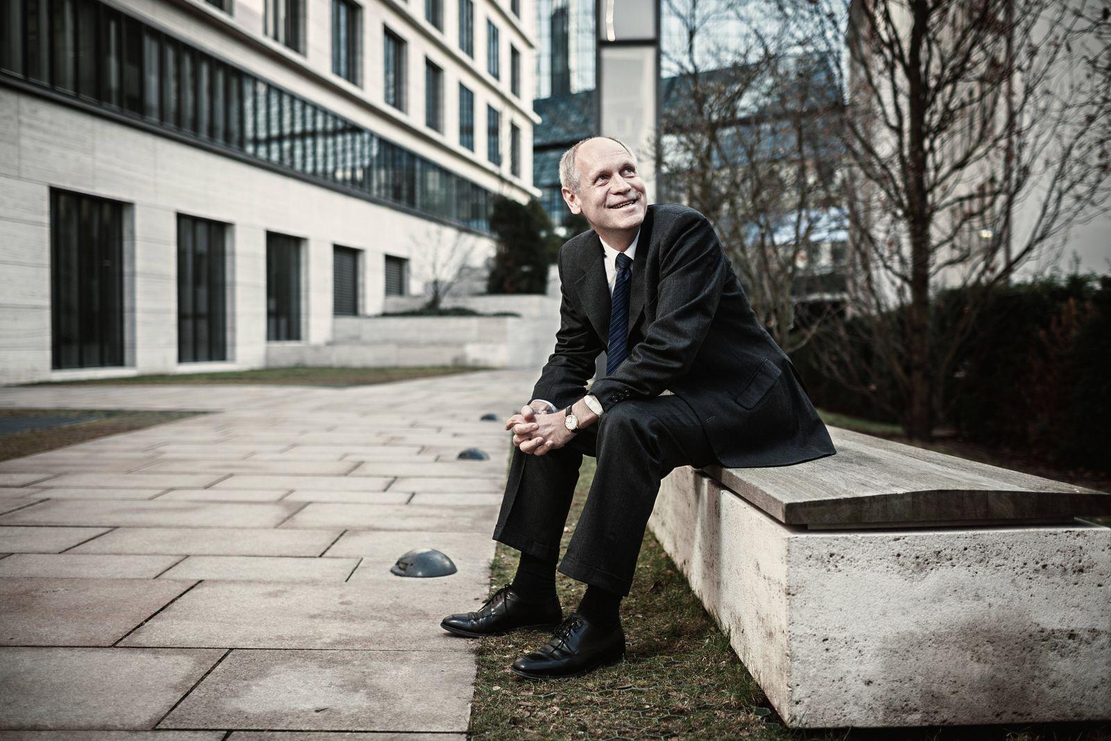 Dr. Hendrik Leber *** Dr Hendrik Liver