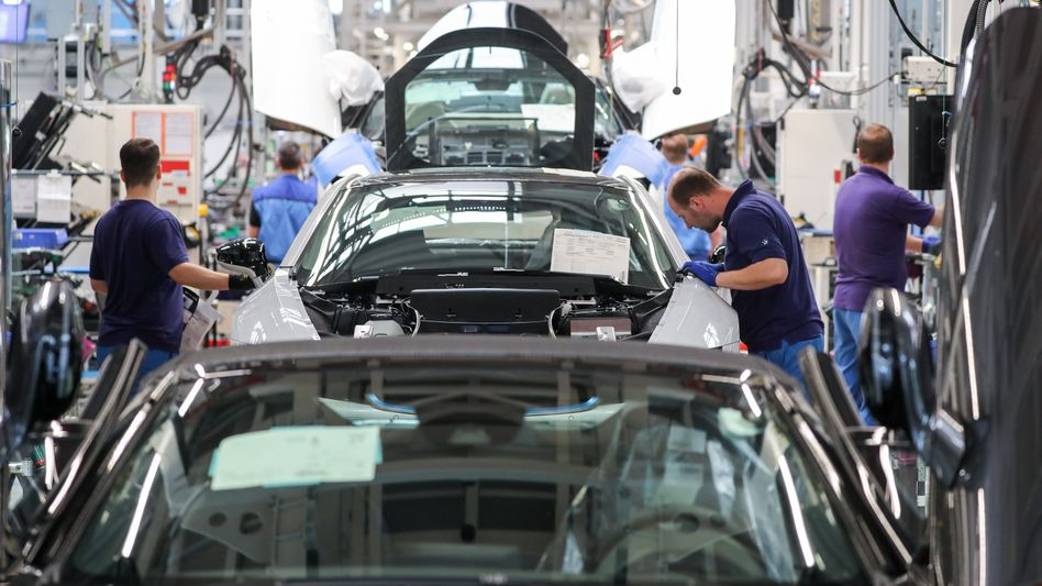 BMW-Werk in Leipzig: Vor allem die Autoindustrie schwächelt derzeit