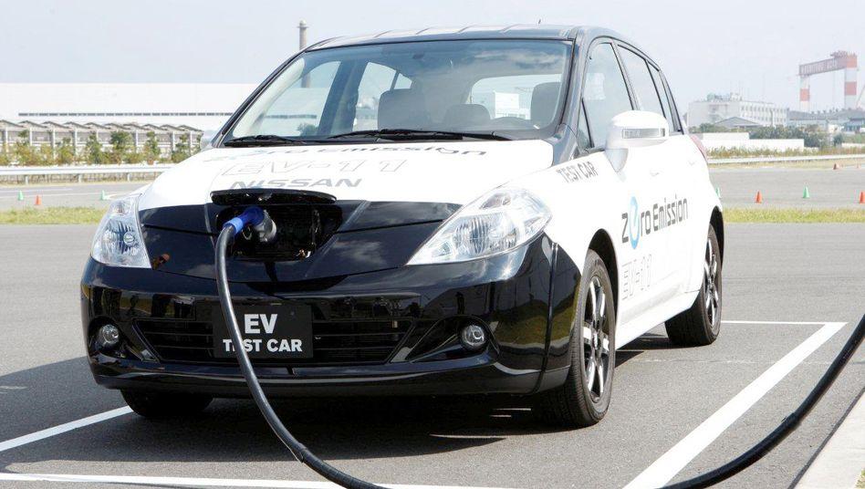 Nissan Leaf: Mit 160 Kilometer Reichweite kann das Elektroauto mit Benzinern noch nicht mithalten