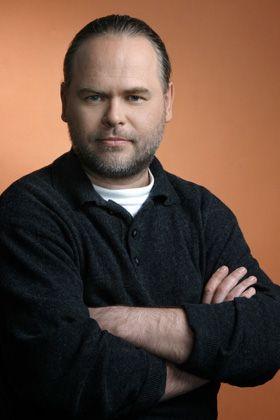Jewgenij Kaspersky ist Mitgründer der Antiviren-Softwarefirma Kaspersky Lab. Zehn Jahre lang leitete er die Forschungsabteilung des Unternehmens, bis er 2007 die Unternehmensleitung übernahm.
