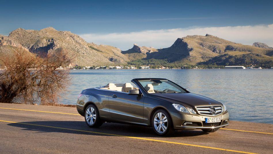 Absatztreiber: Die E-Klasse von Mercedes-Benz, hier als Cabrio.