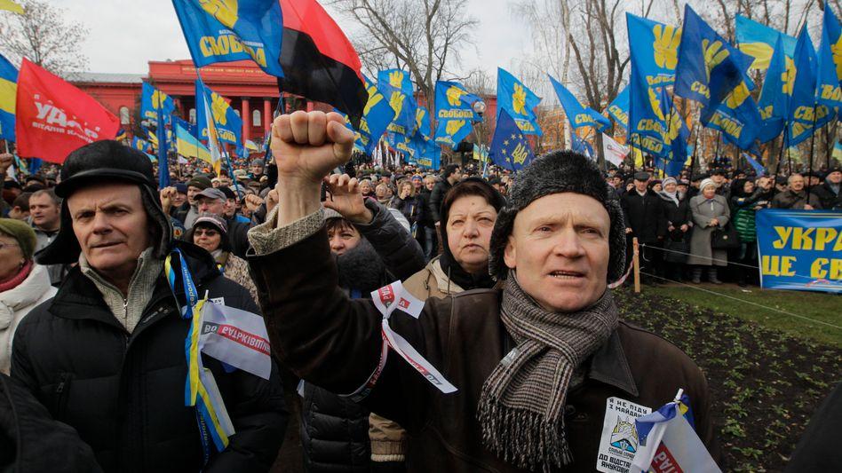 Demonstranten in Kiew: Die Opposition fordert den Rücktritt des Präsidenten