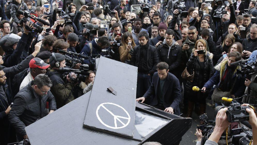 Anschläge in Frankreich: Terror, Trauer, Hoffnung - Die Bilder aus Paris