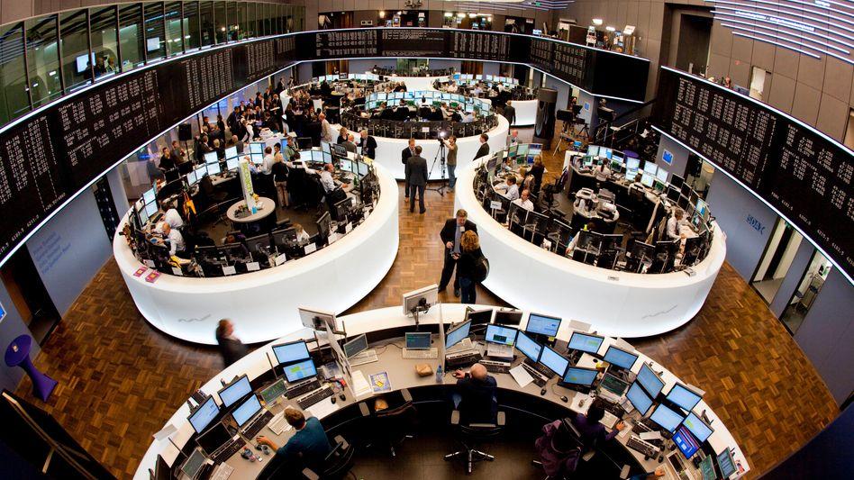 Kursgewinne in Frankfurt: Investoren hatten darauf gesetzt, dass die Parlamentarier in Athen den strikten Sparbeschlüssen zustimmen werden