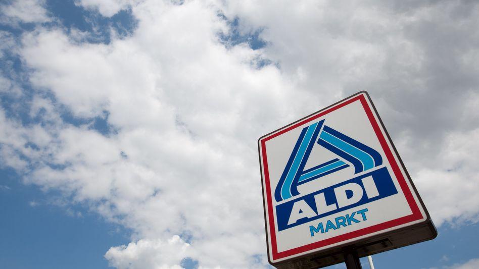 """Aldi-Logo: """"Mein Bruder würde sich im Grabe rumdrehen, wenn er wüsste, was hier abläuft"""""""