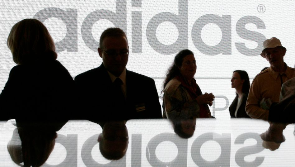 Breitere Produktpalette: Adidas kauft im Golfbereich zu.