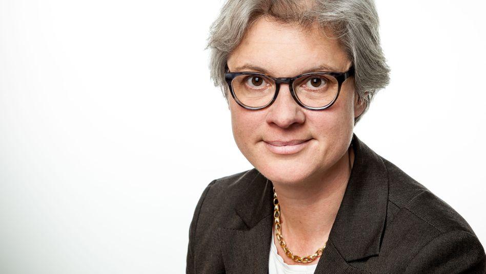 Eva Kreienkamp, 52, war zehn Jahre lang bei der Allianz Projektmanagerin und Geschäftsführerin in der Münchner Konzernzentrale, CFO der Berlikomm und Vorstandsvorsitzende der HKX, einem Konkurrenten der Deutschen Bahn.