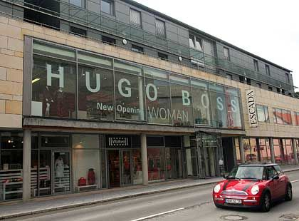 Modekonzern aus Metzingen: Hugo Boss rechnet mit schwächerem Wachstum