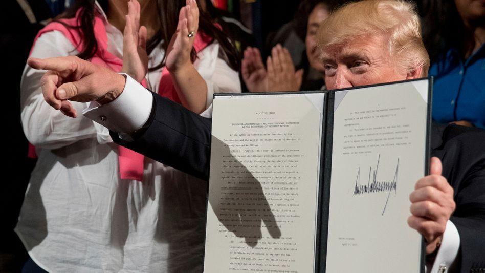 Donald Trump regiert wenn möglich gern im Alleingang: Neue Vorschriften verteuern jetzt weitere Importe aus Südkorea und China