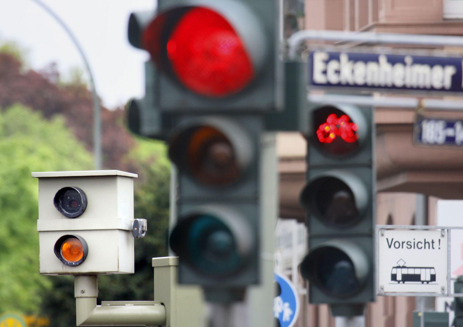 Verkehrssünder / rote Ampel