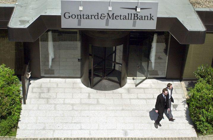 Gontard & Metallbank: Das Bankhaus schlachtete den kurzen Boom am Neuen Markt auf dreifache Weise aus - und ging unter, als die Blase platzte