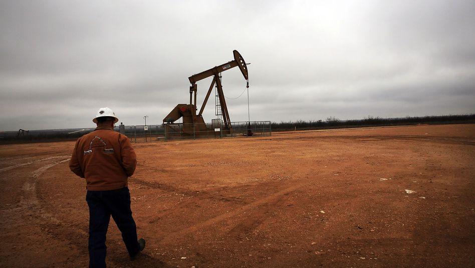 Ölförderung in Texas: Der extrem niedrige Ölpreis bringt die US-Ölindustrie in erhebliche Schwierigkeiten.
