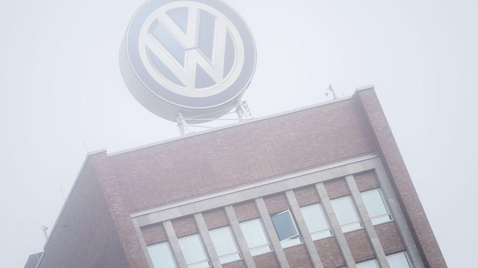 Es zieht sich etwas zusammen über Volkswagen ...