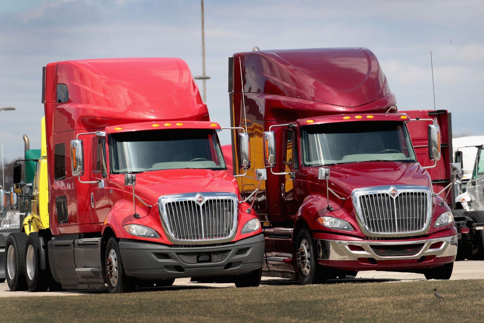 Navistar Trucks