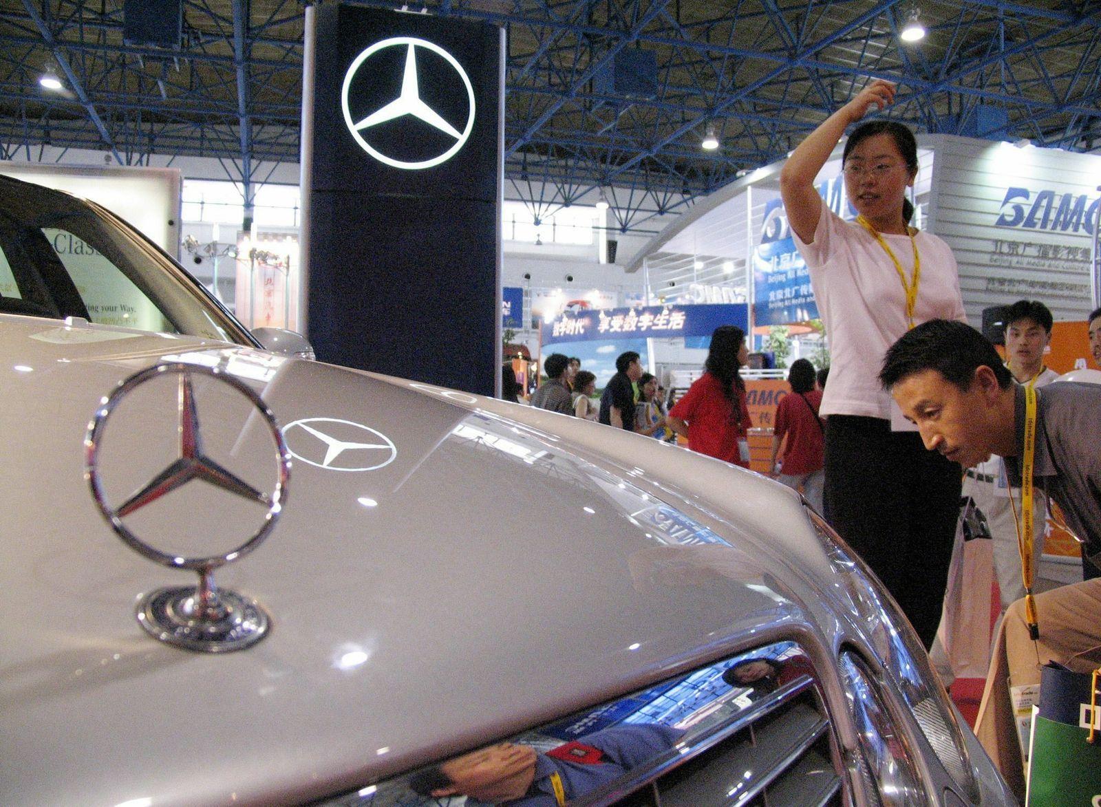 Mercedes E-Klasse auf Messe in China