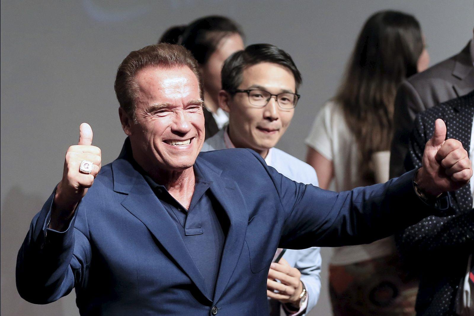 Schwarzenegger NBC-CELEBRITY APPRENCTICE/