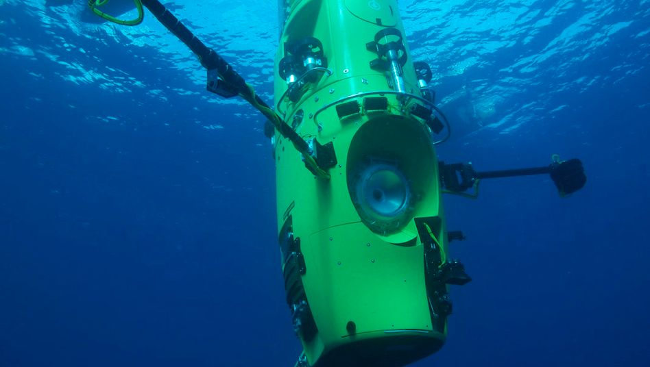 """Deepsea Challenger"": Mit diesem U-Boot ist Cameron knapp elf Kilometer tief getaucht"