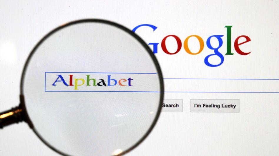 Alphabet in der Google-Suchmaske