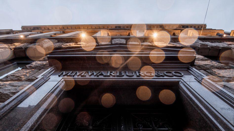 M.M.-Warburg-Bank in Hamburg: Waren die Steuerbehörden in Hamburg einfach nur vorsichtiger als anderswo?