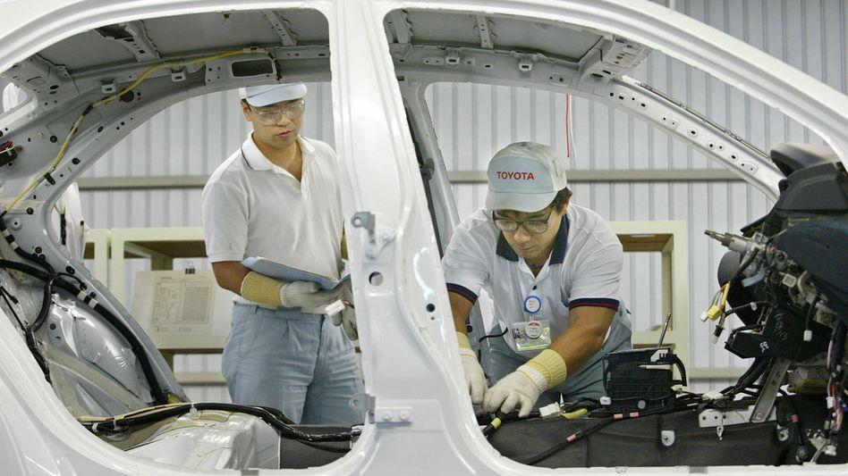Toyota-Produktion: Der Autobauer bezieht etwa 15 Prozent der Bauteile für in den USA hergestellte Fahrzeuge aus Japan