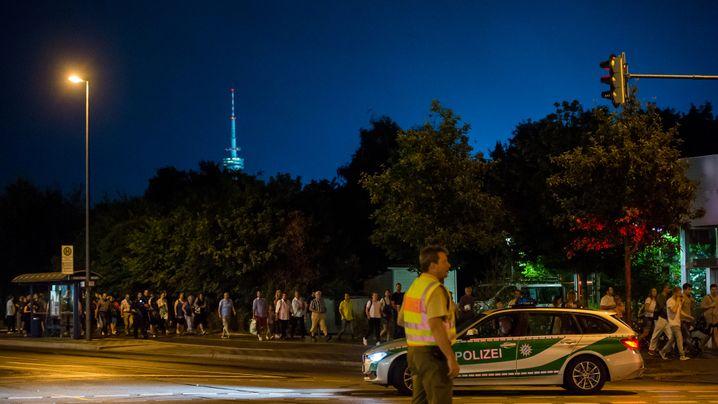 Schüsse im Einkaufszentrum: Die Terrornacht von München