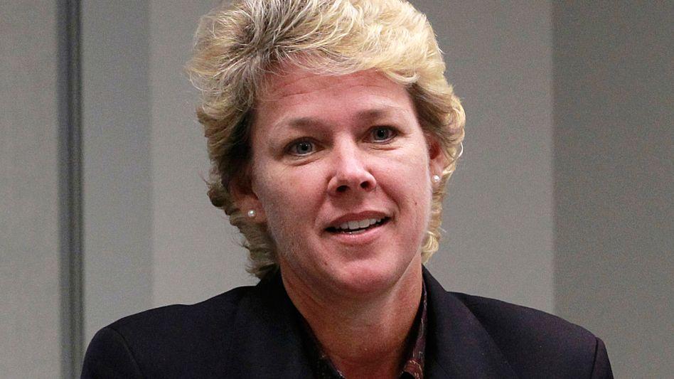 Siemens-Konzern im Umbruch: Vorstandschef Joe Kaeser baut auch auf der Vorstandsebene um. Die Shell-Managerin Lisa Davis (Bild) wird Energie-Vorstand Michael Süß ablösen