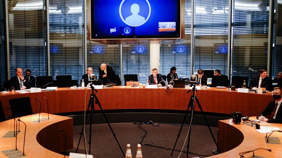 """Wirecard-Untersuchungsausschuss des Bundestages: Die DPR sah sich """"angewiesen auf die Antworten des Unternehmens"""""""