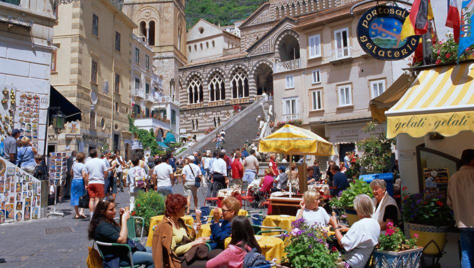 Amalfi, Italien: Italiener derzeit weniger zufrieden mit den Lebensbedingungen in ihrer Heimat