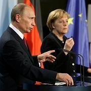 Verhandlungen in Berlin: Bundeskanzlerin Merkel und Russlands Premier Putin suchen nach der Lösung des Gasstreites