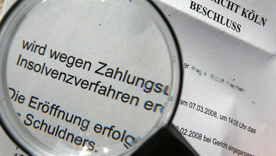 Insolvenzbeschluss: 9 Prozent aller deutschen Unternehmen in 2013 gefährdet