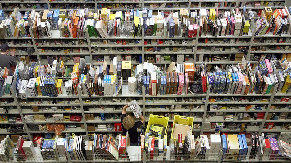Erdrückender Gigant: Die Marktmacht von Amazon zwingt die klassischen Buchhändler zu ungewohnten Allianzen