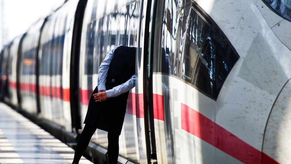 Streik bei Bahn und S-Bahn: Verspätungen und Zugausfälle am Montag