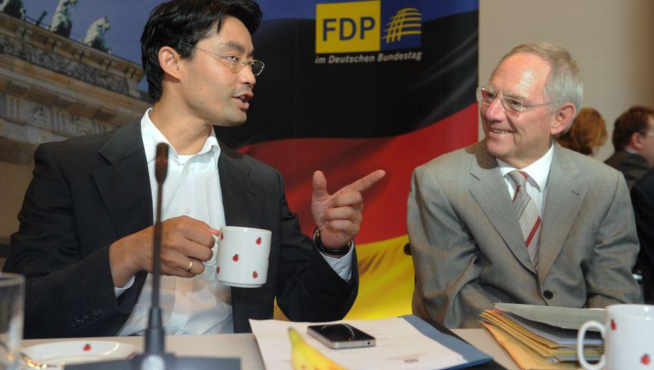 Wirtschaftsminister Rösler (l.) und Finanzminister Schäuble: