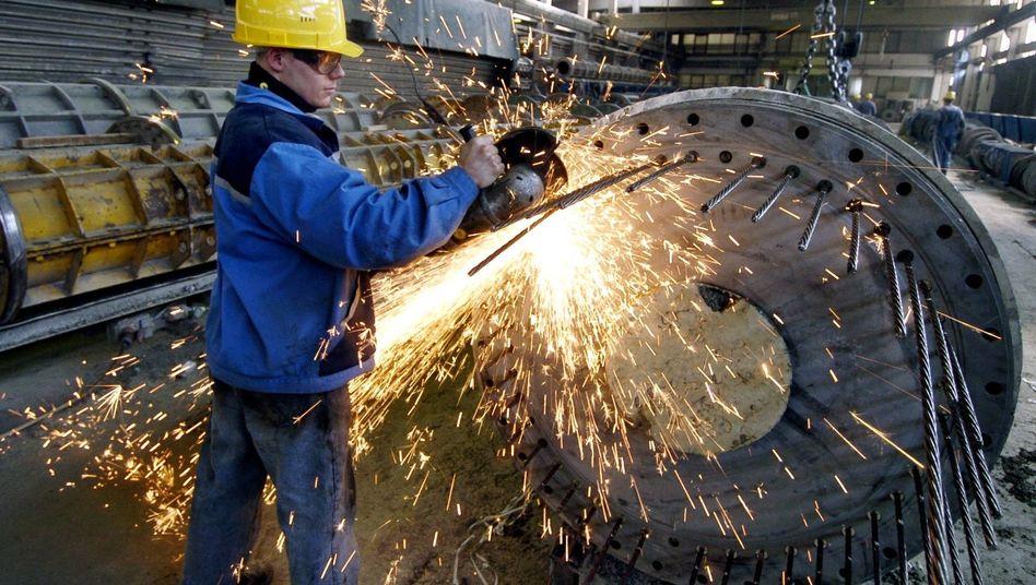 Bei weitem nicht alle Arbeitnehmer in Deutschland nutzen das gesetzlich verbürgte Recht, über den Betrieb vorzusorgen. Nicht selten beteiligt sich dann auch der Arbeitgeber an den Beiträgen für die Betriebsrente.
