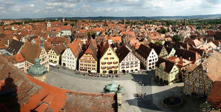Fachwerk und rote Dächer: Das ist für viele Amerikaner und Japan das echte Deutschland - wie hier in Rothenburg ob der Tauber